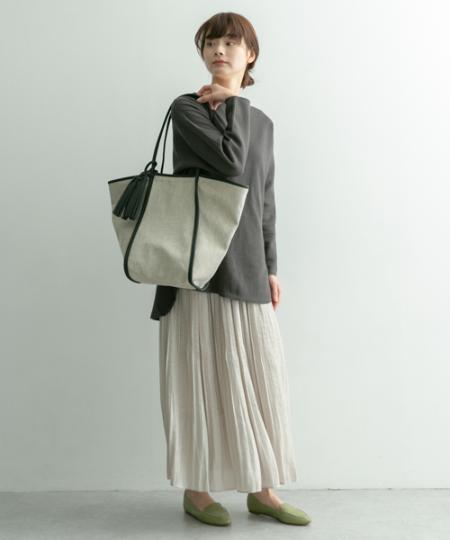 RODE SKOのMARIKE タッセル付ミックス素材トートを使ったコーディネートを紹介します。|Rakuten Fashion(楽天ファッション/旧楽天ブランドアベニュー)1091528