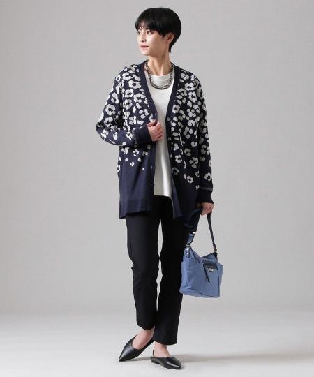 EVEX by KRIZIAの【ウォッシャブル】シャドーパンサーセーターマシーンカーディガンを使ったコーディネートを紹介します。 Rakuten Fashion(楽天ファッション/旧楽天ブランドアベニュー)1091531