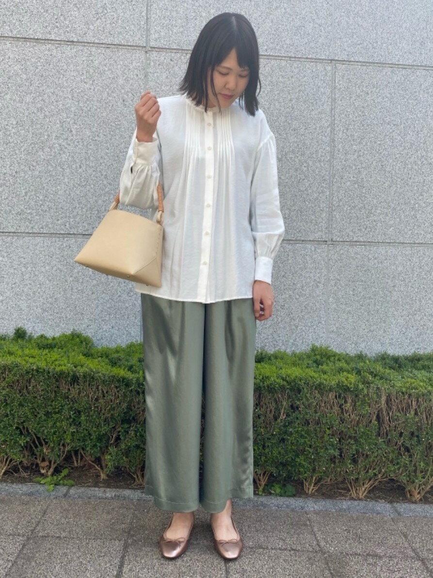 THE STATION STORE UNITED ARROWS LTD.の<closet story> CSC RA/Nカルゼ ピンタック シャツを使ったコーディネートを紹介します。|Rakuten Fashion(楽天ファッション/旧楽天ブランドアベニュー)1100164