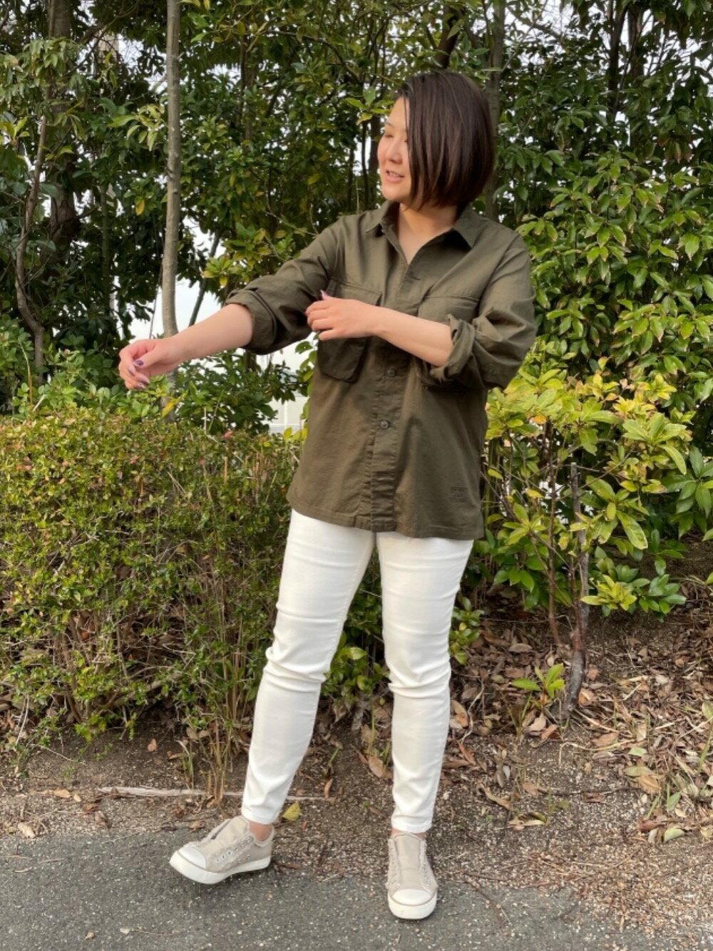 coenの【WEB限定サイズ:XL】ストレッチイージースリムパンツを使ったコーディネートを紹介します。 Rakuten Fashion(楽天ファッション/旧楽天ブランドアベニュー)1101059