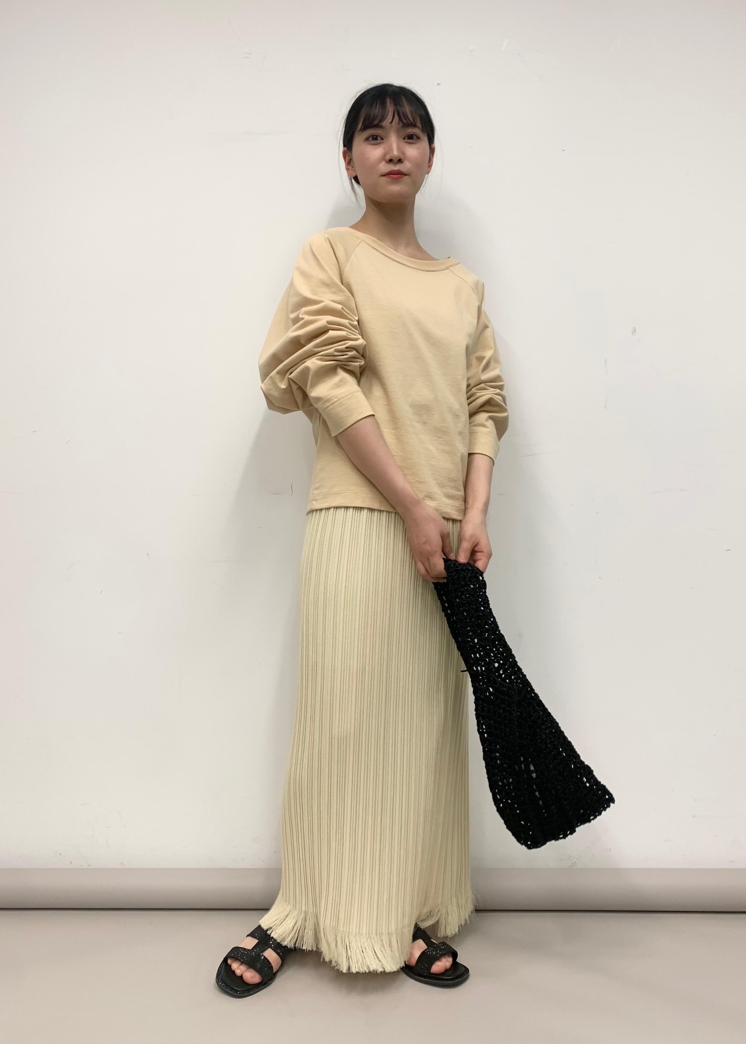 ADAM ET ROPE'のサテンメッシュバッグを使ったコーディネートを紹介します。|Rakuten Fashion(楽天ファッション/旧楽天ブランドアベニュー)1101709