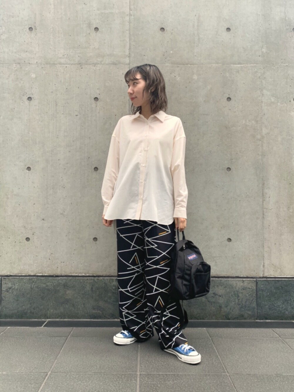 BEAUTY & YOUTH UNITED ARROWSのBY∴ ネオンプリントイージーワイドパンツを使ったコーディネートを紹介します。|Rakuten Fashion(楽天ファッション/旧楽天ブランドアベニュー)1102713