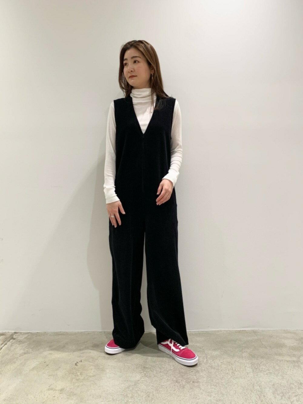 BEAUTY & YOUTH UNITED ARROWSのBY ルーズタートルネックカットソーを使ったコーディネートを紹介します。|Rakuten Fashion(楽天ファッション/旧楽天ブランドアベニュー)1103057