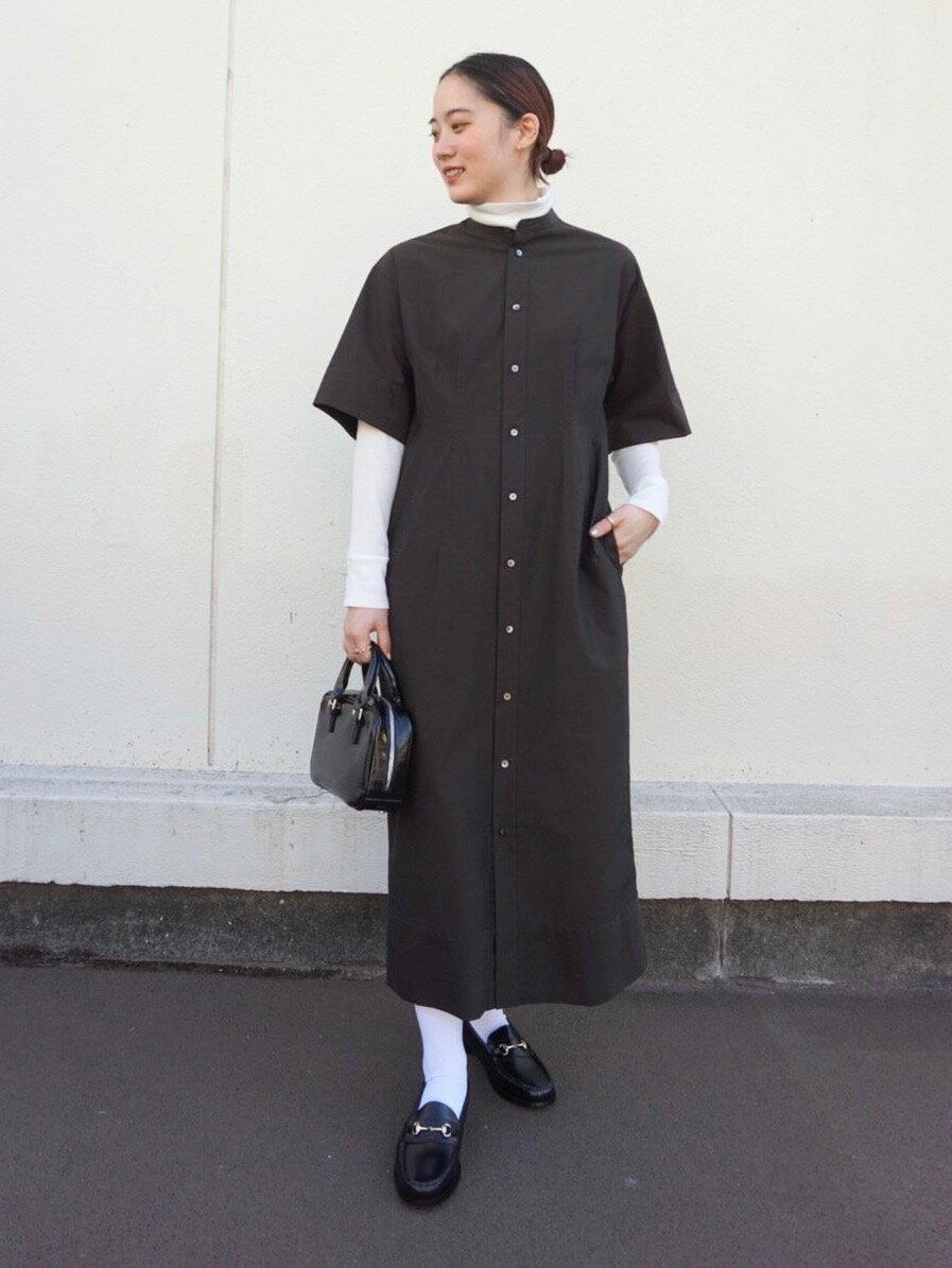 BEAUTY & YOUTH UNITED ARROWSのBY シャンブレーステンカラートレンチコート -撥水加工-を使ったコーディネートを紹介します。|Rakuten Fashion(楽天ファッション/旧楽天ブランドアベニュー)1103905