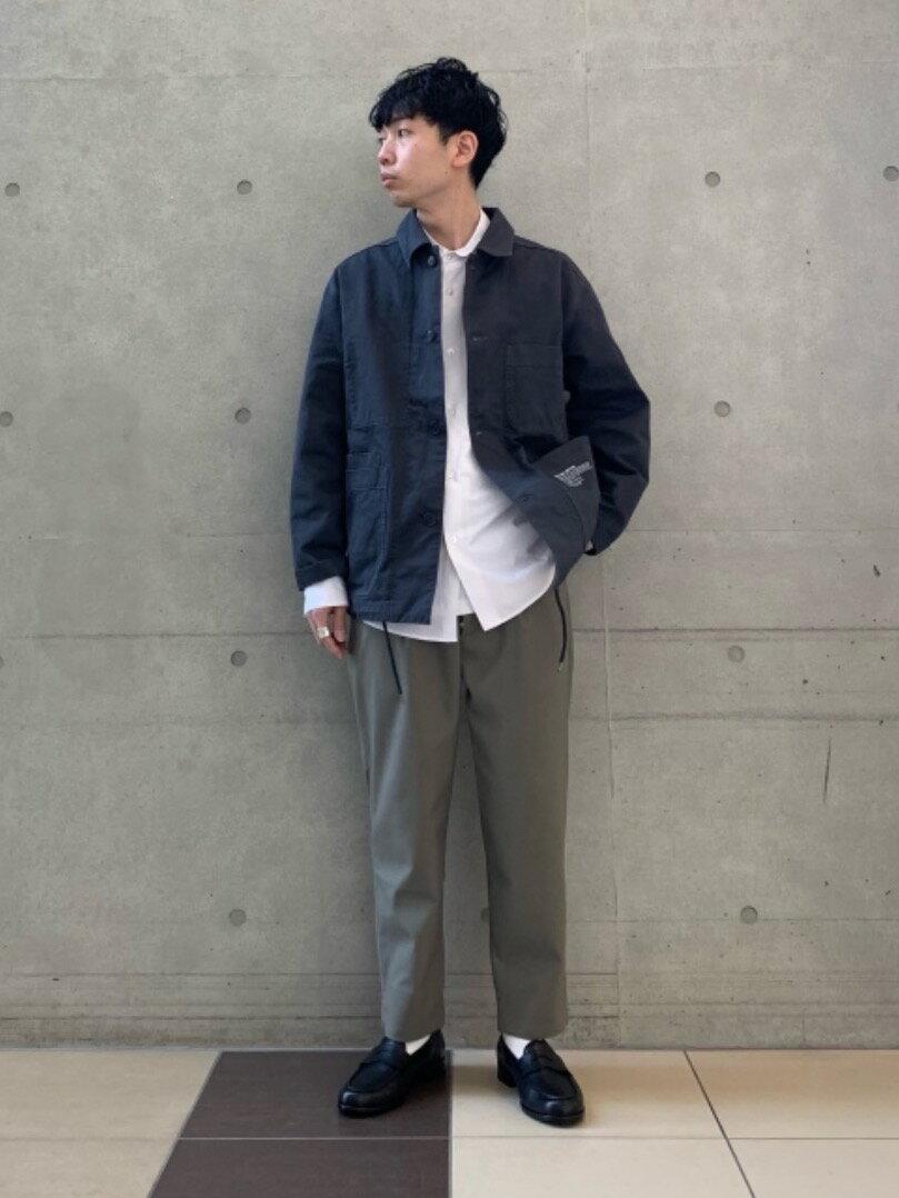 BEAUTY & YOUTH UNITED ARROWSのBY ソフトバウンス ツイル 1P オッドパンツを使ったコーディネートを紹介します。 Rakuten Fashion(楽天ファッション/旧楽天ブランドアベニュー)1103787