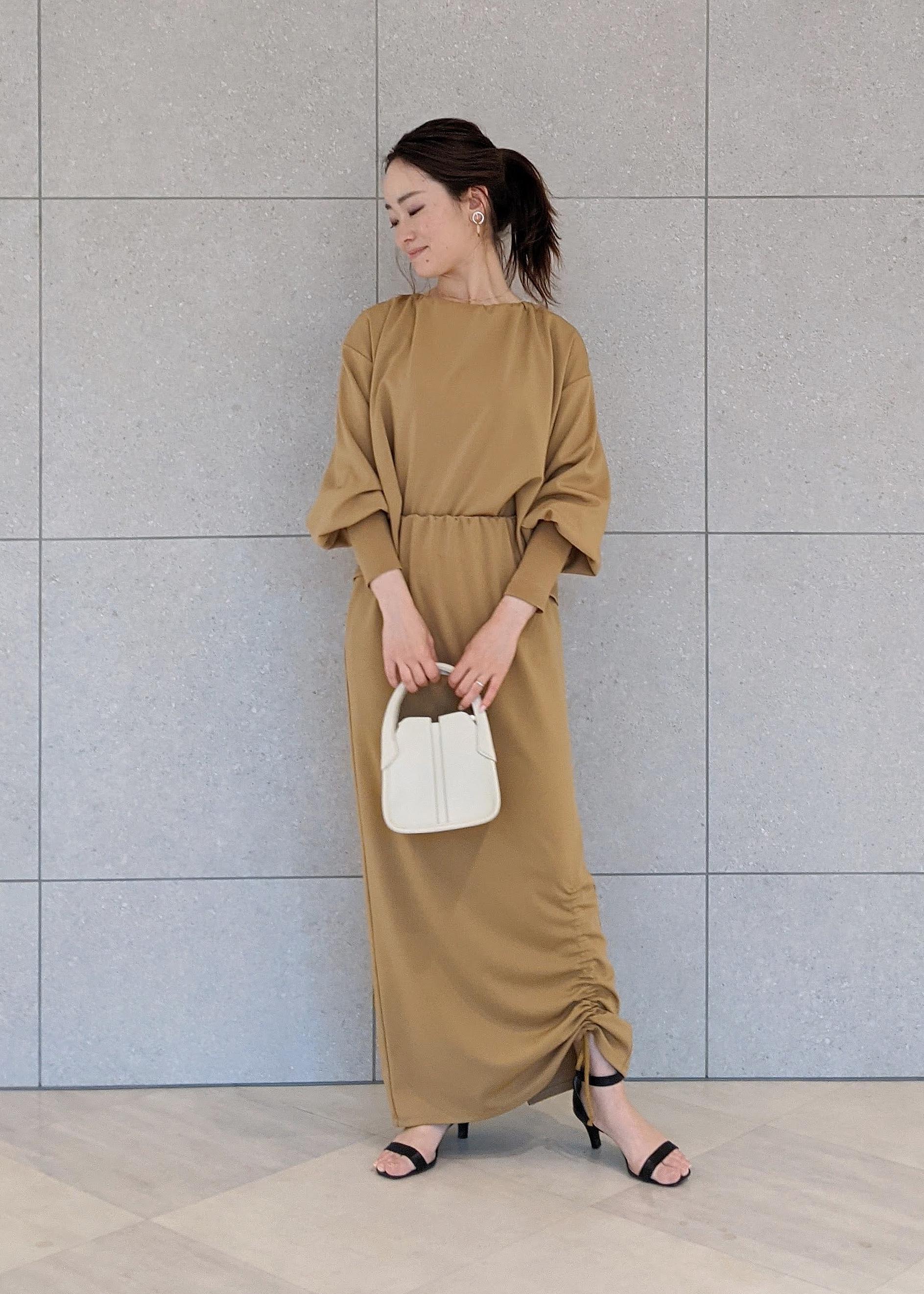 ROPE'の【セットアップ対応】シャーリングネックプルオーバーを使ったコーディネートを紹介します。|Rakuten Fashion(楽天ファッション/旧楽天ブランドアベニュー)1105021