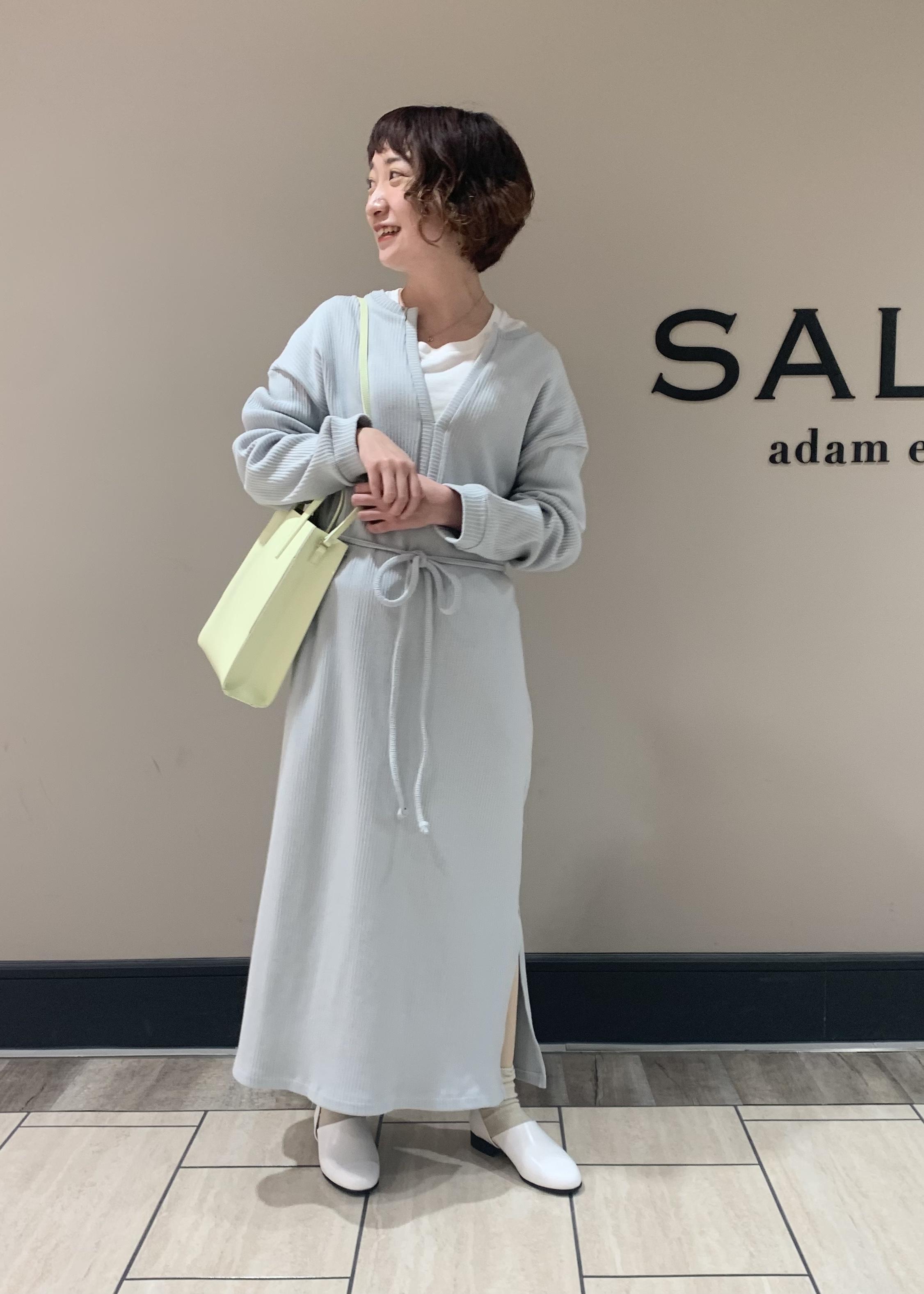 SALON adam et rope'の【YAHKI for SALON】[選べる6色]別注マルチウェイ スクエアトートバッグを使ったコーディネートを紹介します。|Rakuten Fashion(楽天ファッション/旧楽天ブランドアベニュー)1094382