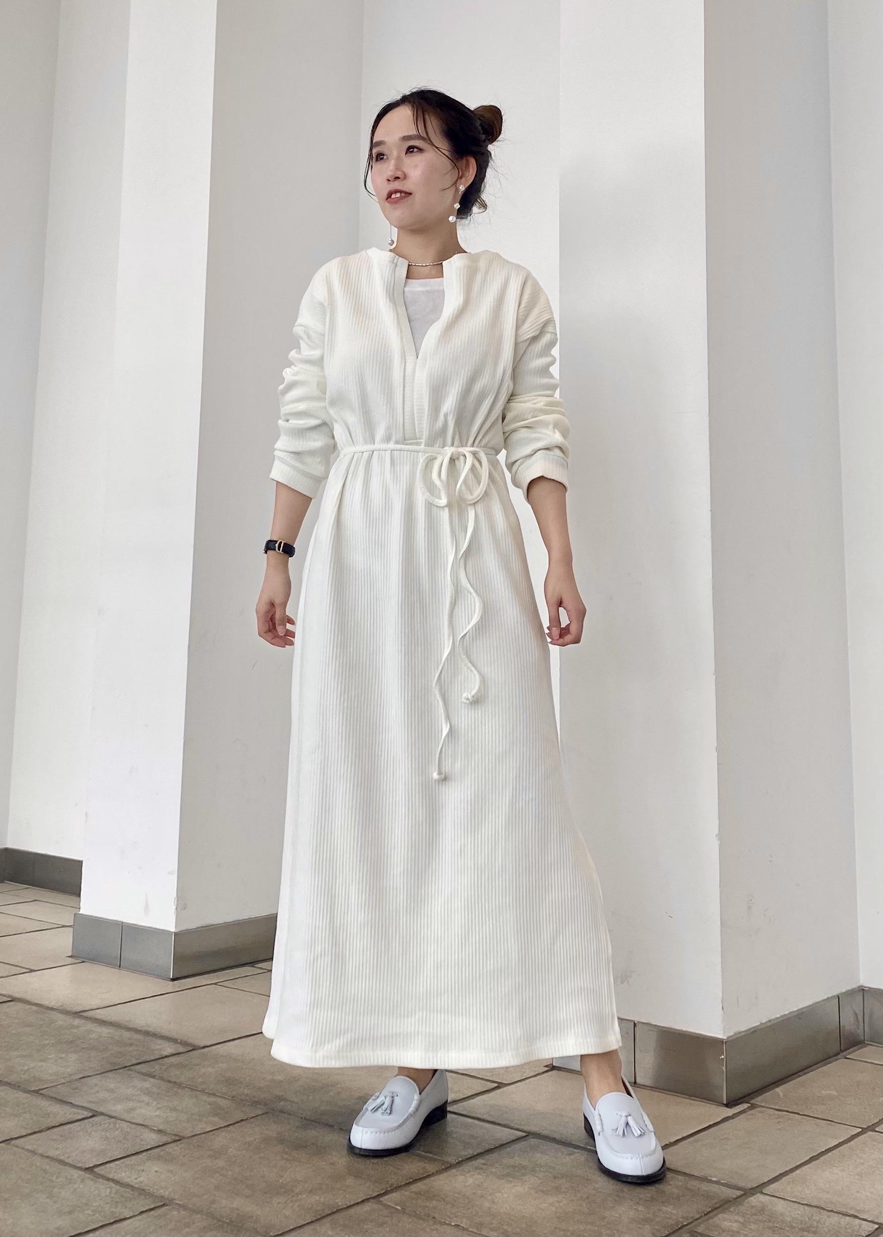 SALON adam et rope'のランダムリブワンピース[MEDI Veil]【抗菌・消臭・UVケア】を使ったコーディネートを紹介します。 Rakuten Fashion(楽天ファッション/旧楽天ブランドアベニュー)1094416