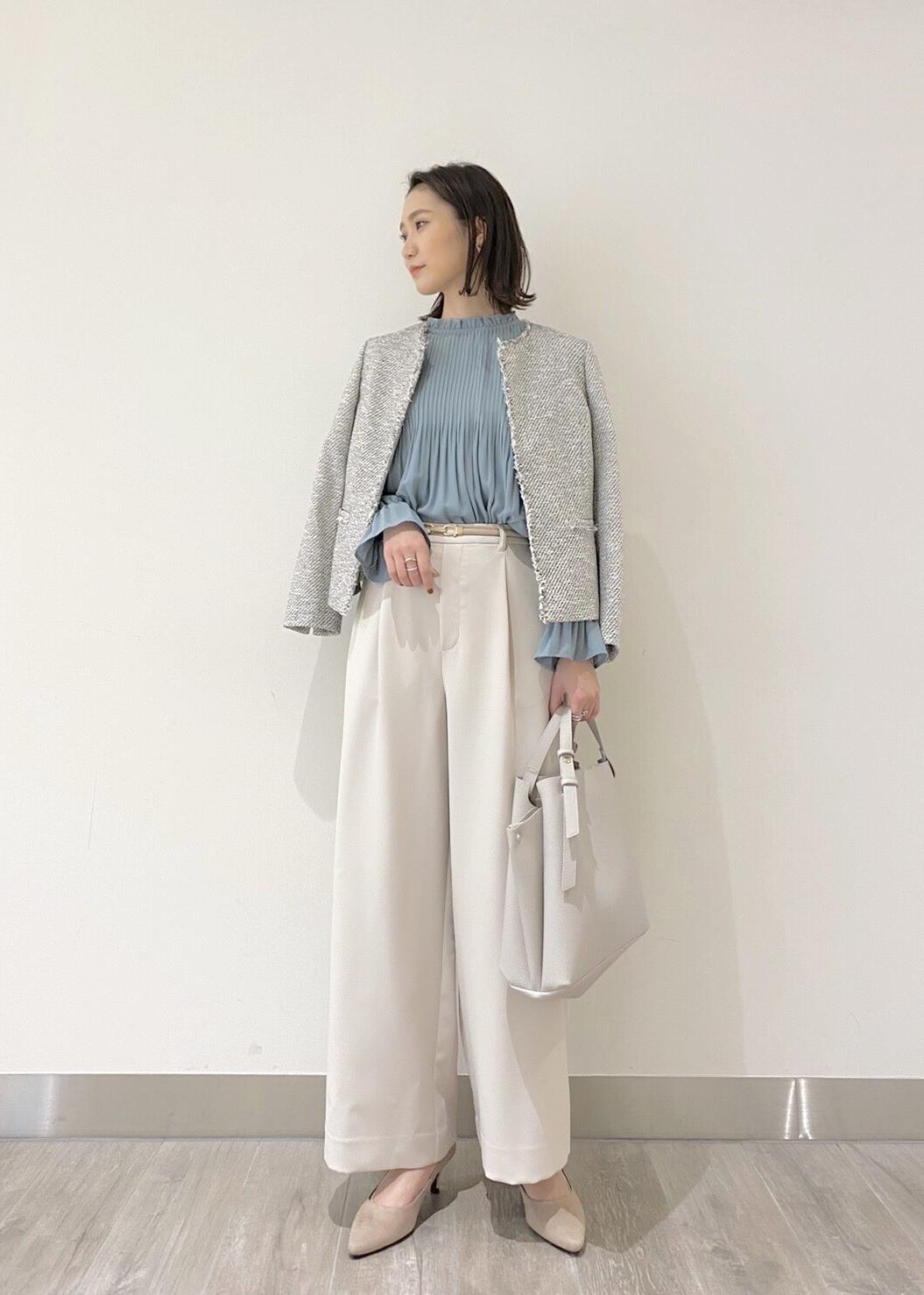 ROPE' PICNICのスタンドフリルプリーツブラウスを使ったコーディネートを紹介します。 Rakuten Fashion(楽天ファッション/旧楽天ブランドアベニュー)1094606