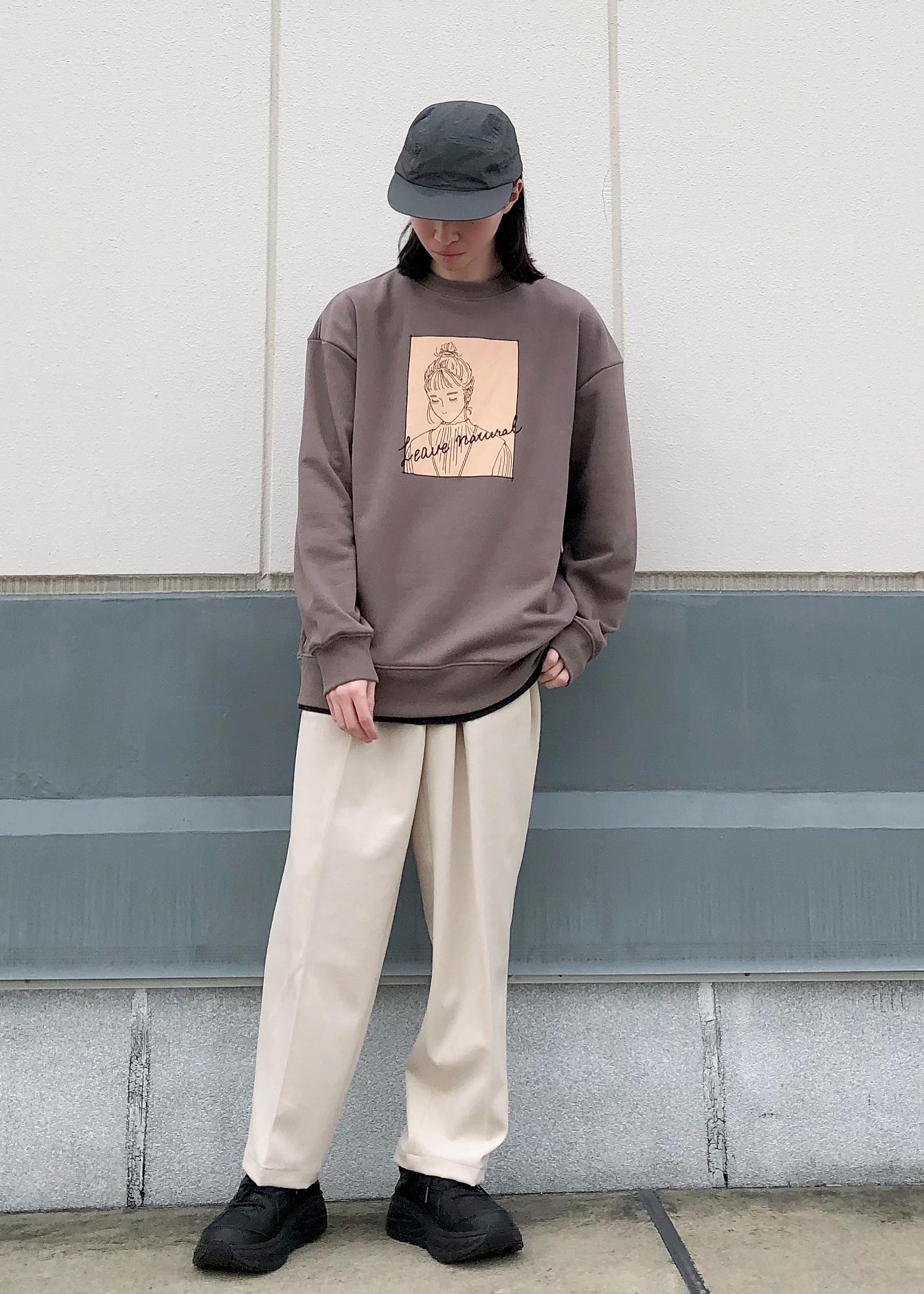 JUNRedのグラフィックスウェットモックネックを使ったコーディネートを紹介します。|Rakuten Fashion(楽天ファッション/旧楽天ブランドアベニュー)1094866