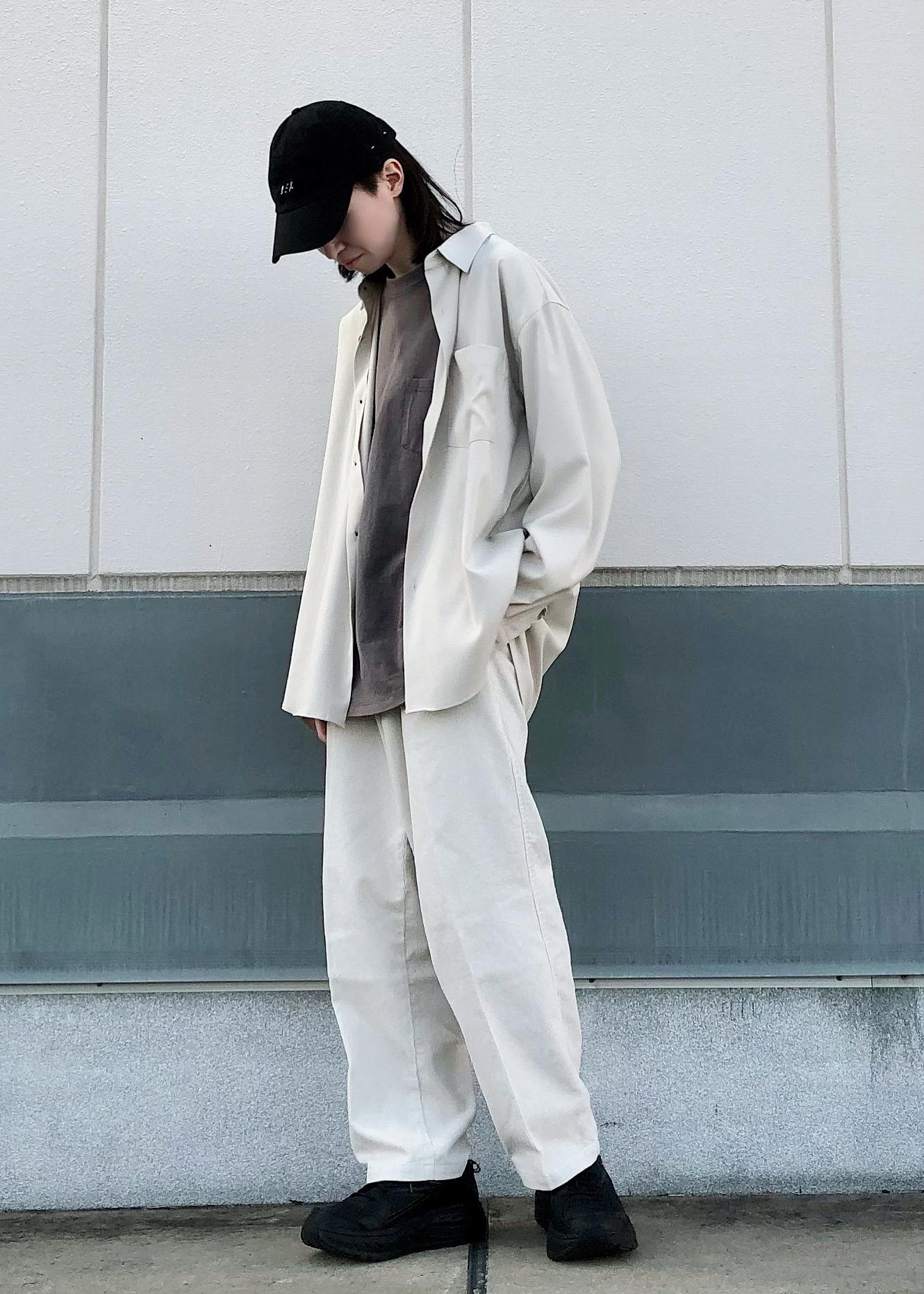 JUNRedのドレープレギュラーシャツを使ったコーディネートを紹介します。|Rakuten Fashion(楽天ファッション/旧楽天ブランドアベニュー)1094942
