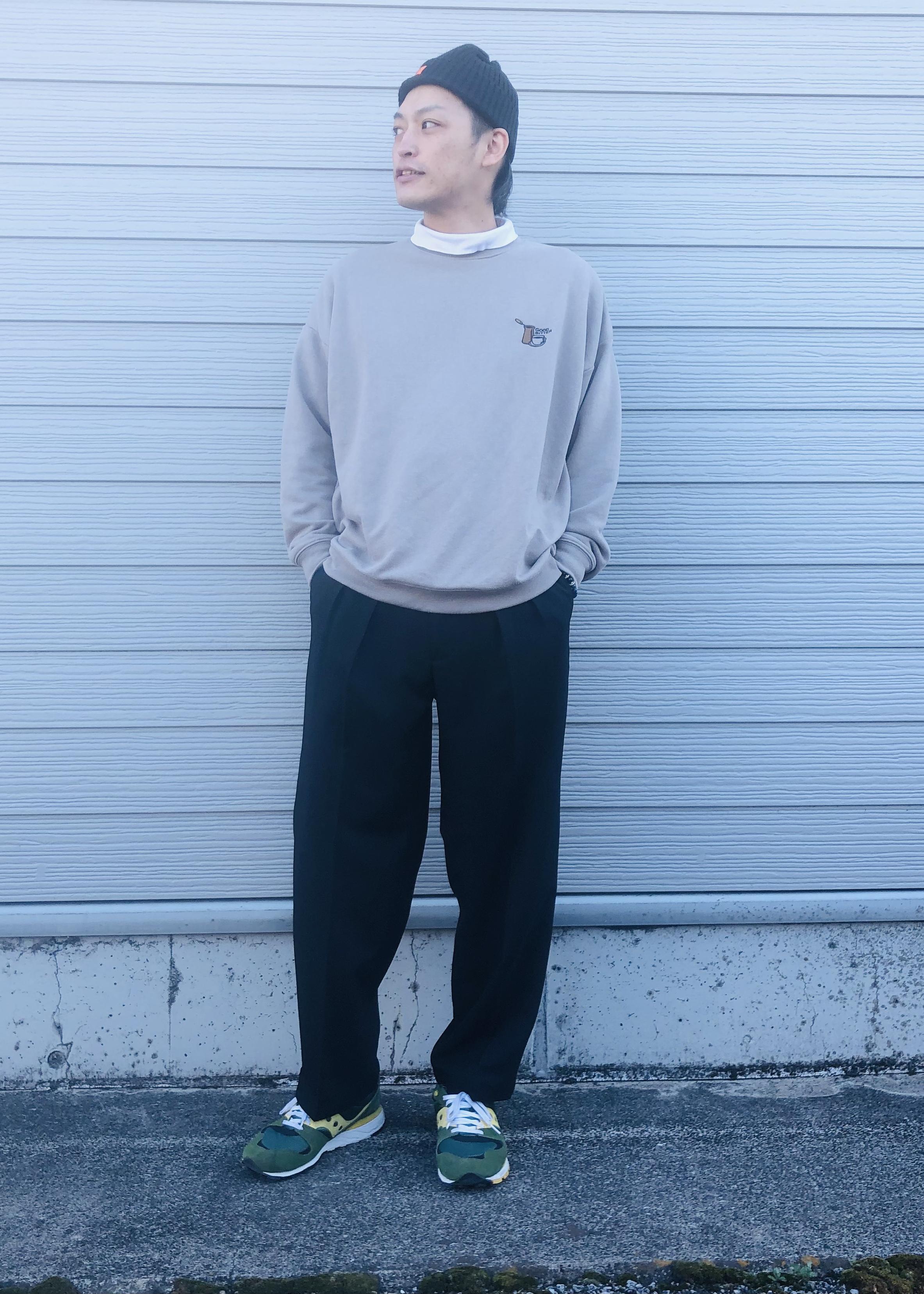 JUNRedのライフスタイルグラフィックルーズスウェットPOを使ったコーディネートを紹介します。|Rakuten Fashion(楽天ファッション/旧楽天ブランドアベニュー)1094917