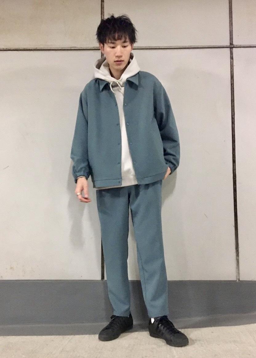 JUNRedのソフトスウェットプルパーカーを使ったコーディネートを紹介します。|Rakuten Fashion(楽天ファッション/旧楽天ブランドアベニュー)1094918