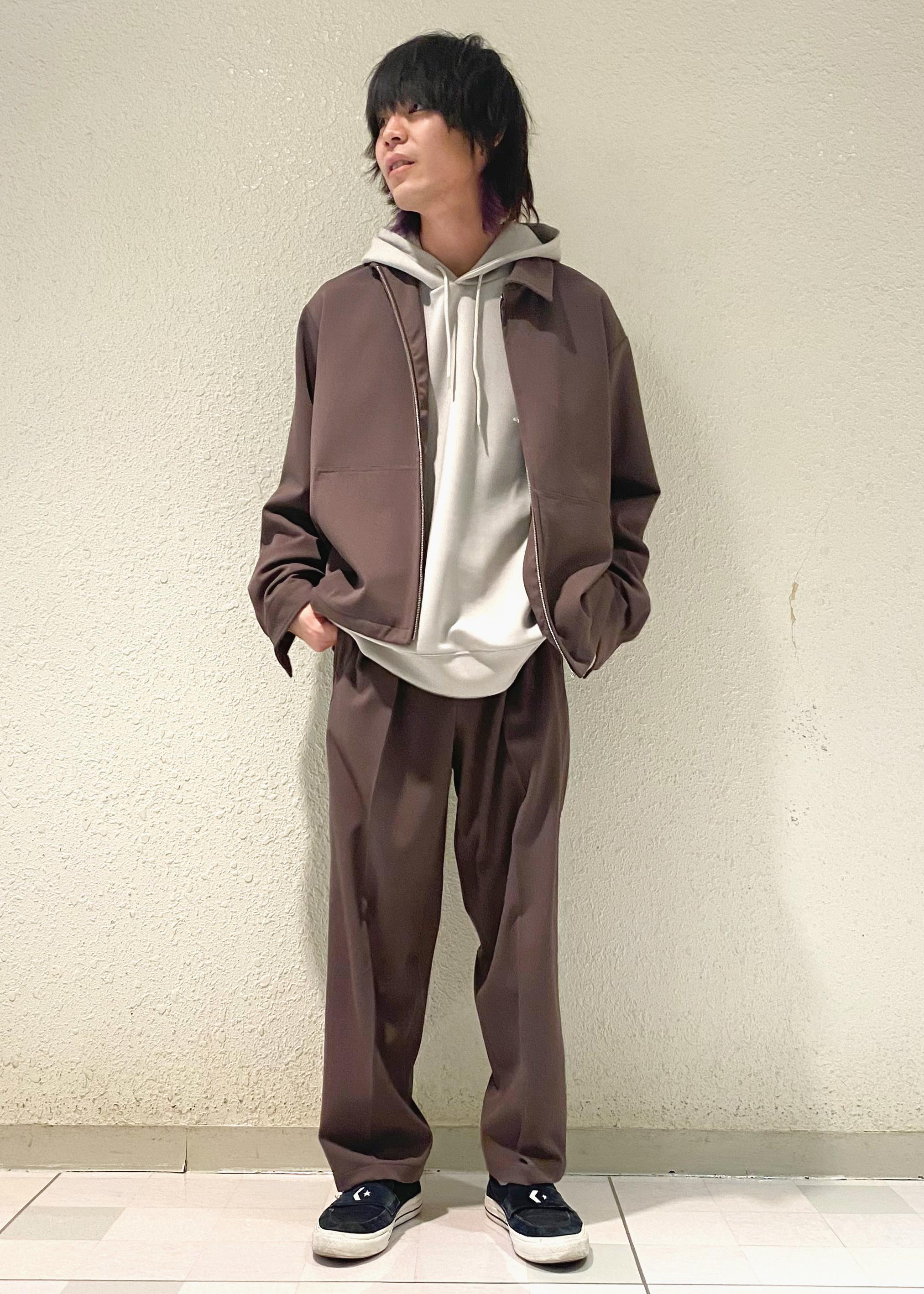 JUNRedのソフトスウェットパーカーを使ったコーディネートを紹介します。 Rakuten Fashion(楽天ファッション/旧楽天ブランドアベニュー)1094955