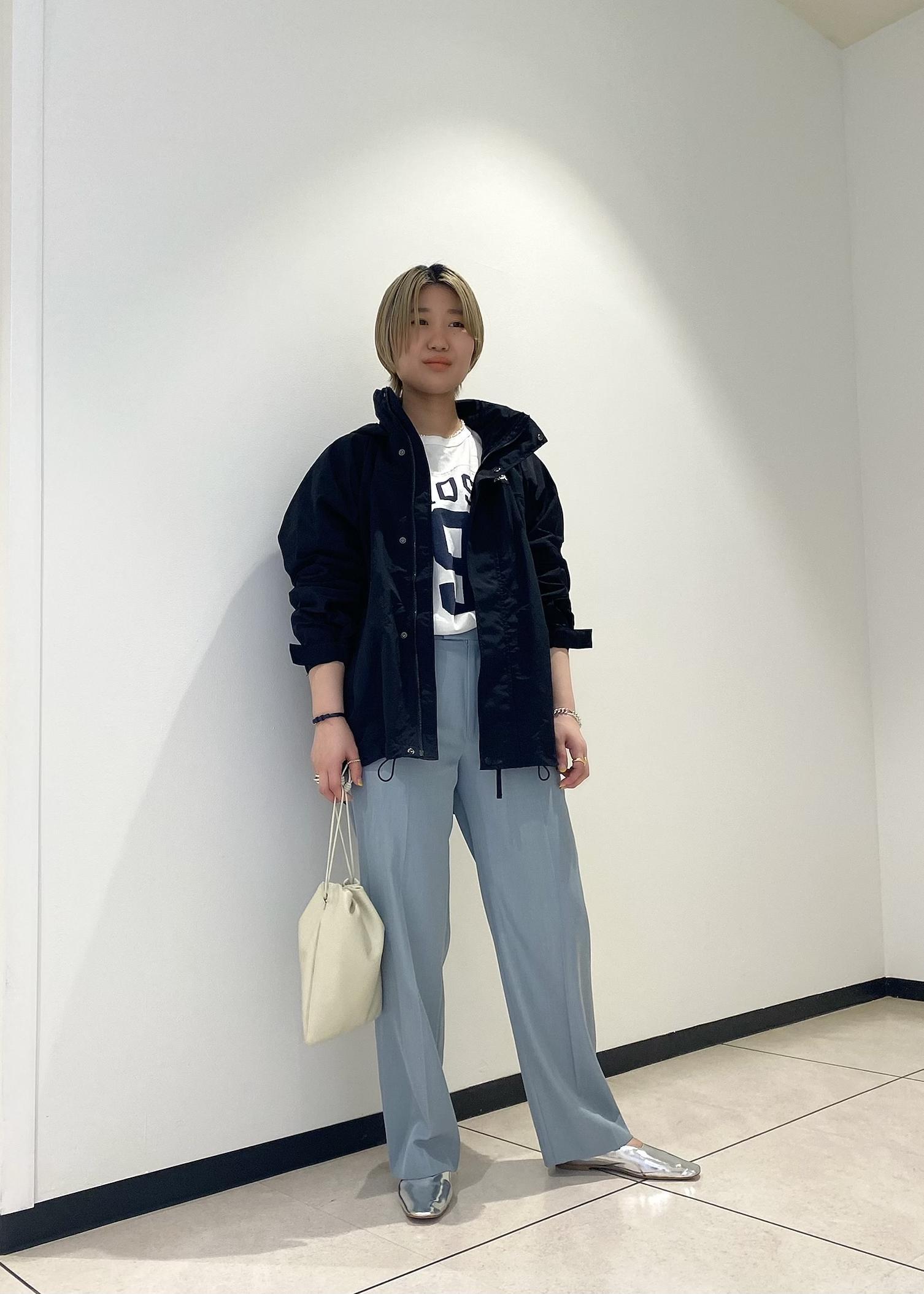 ADAM ET ROPE'のソフトレザーフラットを使ったコーディネートを紹介します。 Rakuten Fashion(楽天ファッション/旧楽天ブランドアベニュー)1096949
