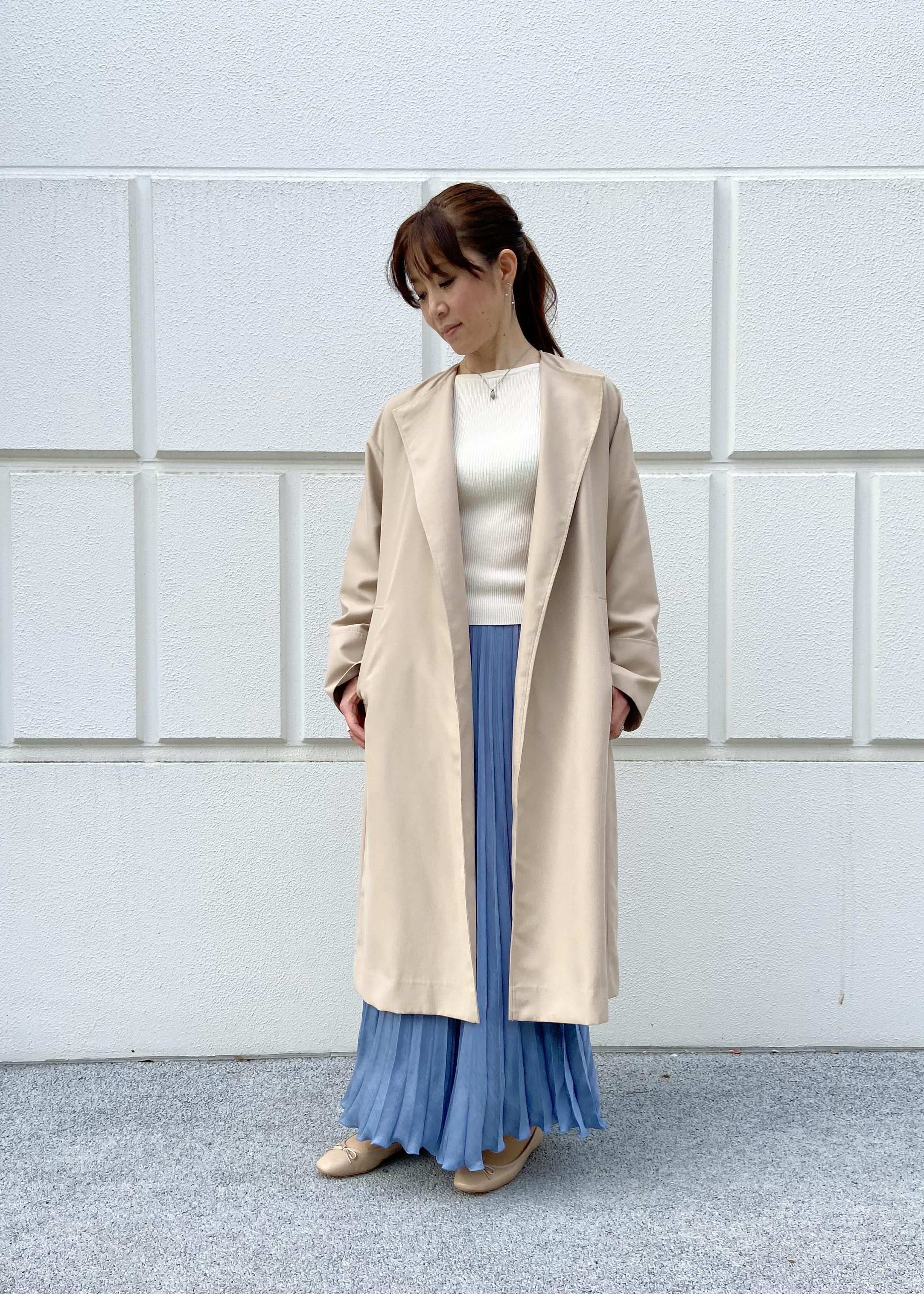 ADAM ET ROPE'の【アウトレット店舗・WEB限定】ノーカラートレンチコートを使ったコーディネートを紹介します。|Rakuten Fashion(楽天ファッション/旧楽天ブランドアベニュー)1097068