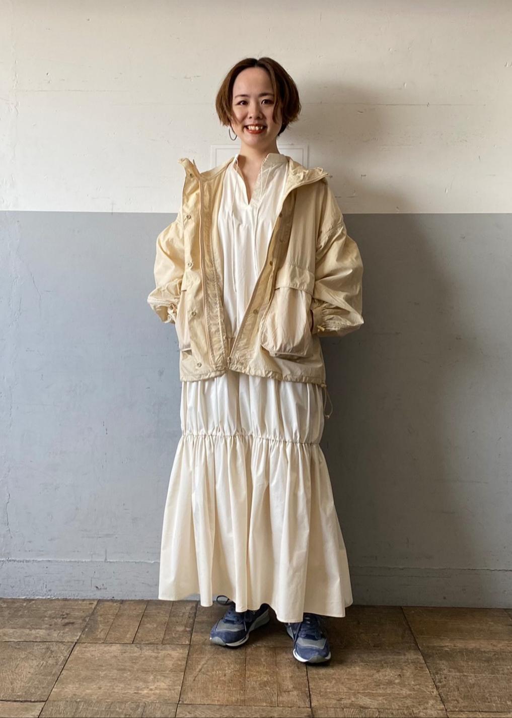 ADAM ET ROPE'のポケッタブルドロストブルゾンを使ったコーディネートを紹介します。|Rakuten Fashion(楽天ファッション/旧楽天ブランドアベニュー)1097077