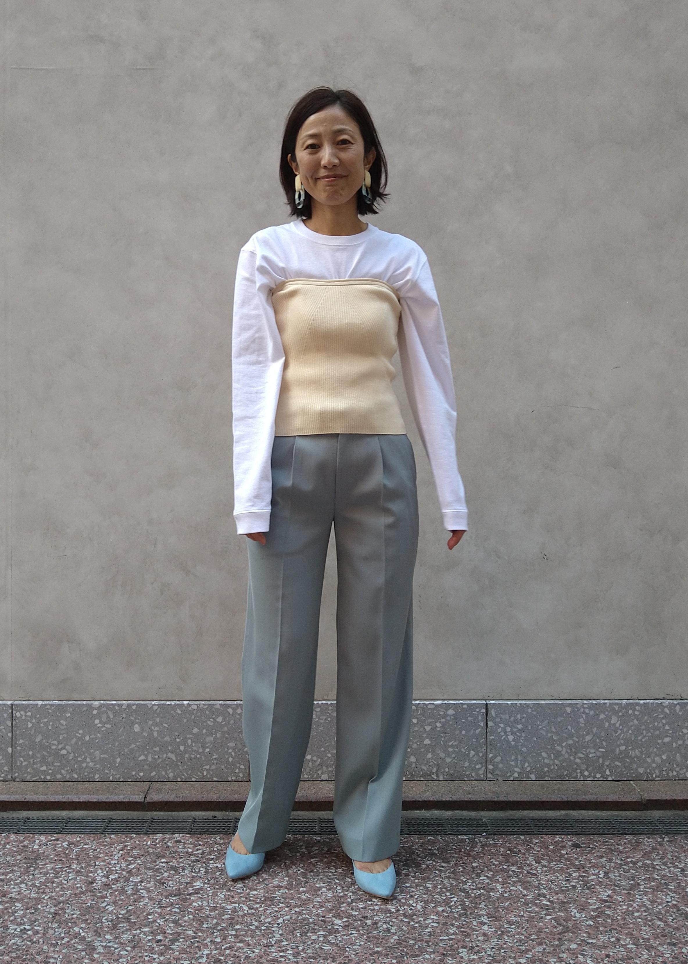 ADAM ET ROPE'の【セットアップ対応】ヒップボーンスラックスを使ったコーディネートを紹介します。 Rakuten Fashion(楽天ファッション/旧楽天ブランドアベニュー)1097140