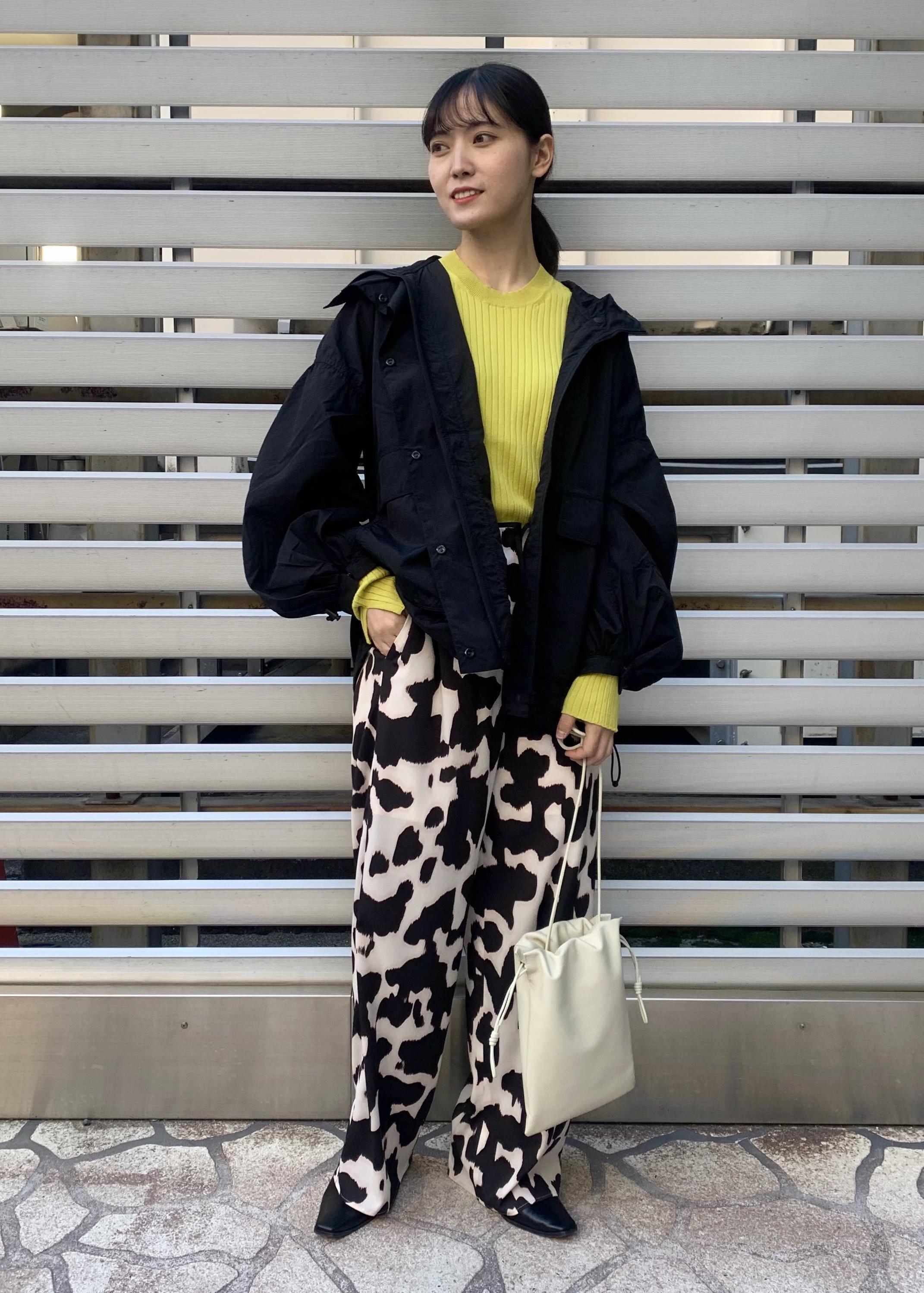 ADAM ET ROPE'のワイドリブニットプルオーバーを使ったコーディネートを紹介します。|Rakuten Fashion(楽天ファッション/旧楽天ブランドアベニュー)1097146