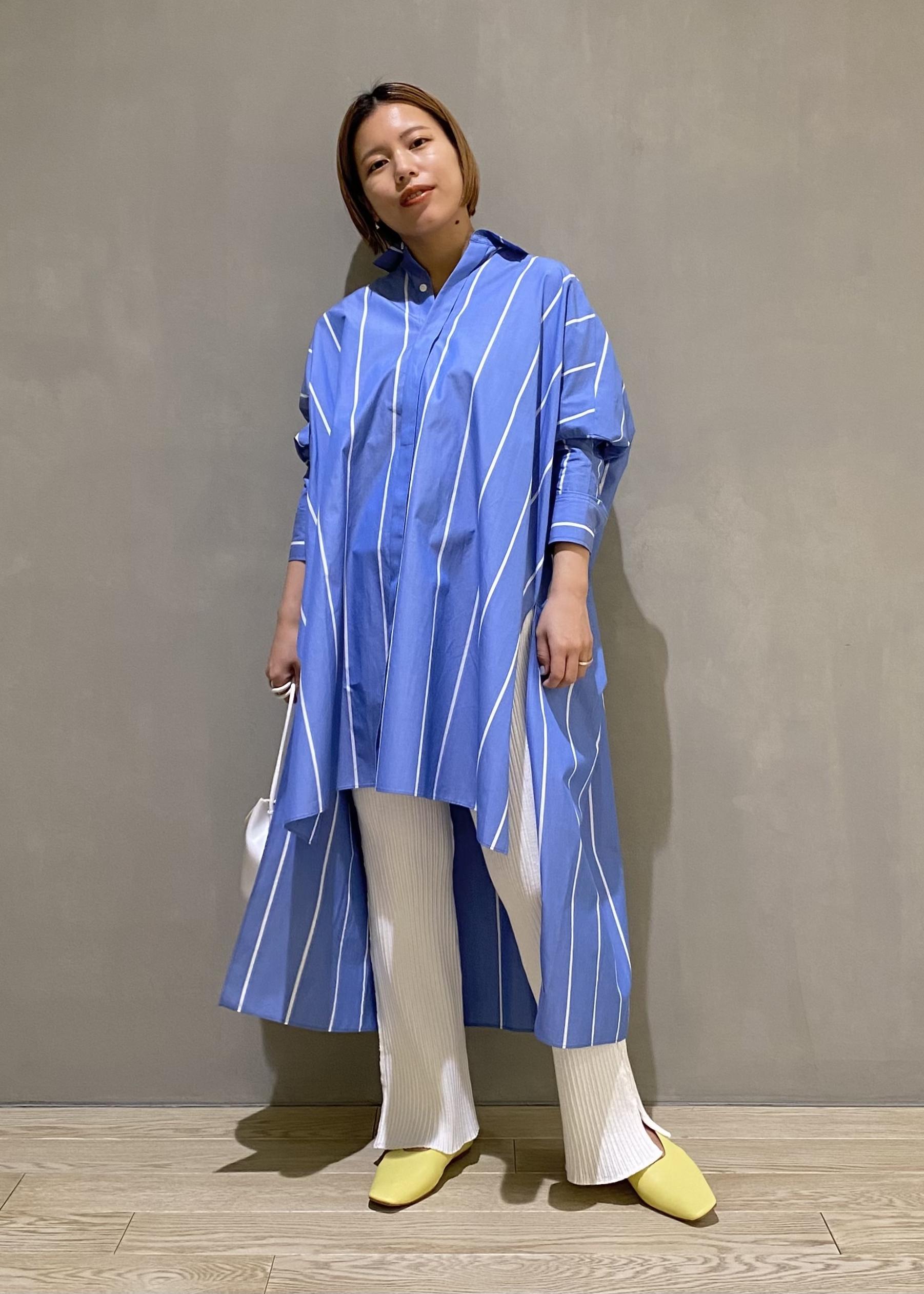 ADAM ET ROPE'のソフトレザーフラットを使ったコーディネートを紹介します。 Rakuten Fashion(楽天ファッション/旧楽天ブランドアベニュー)1096903