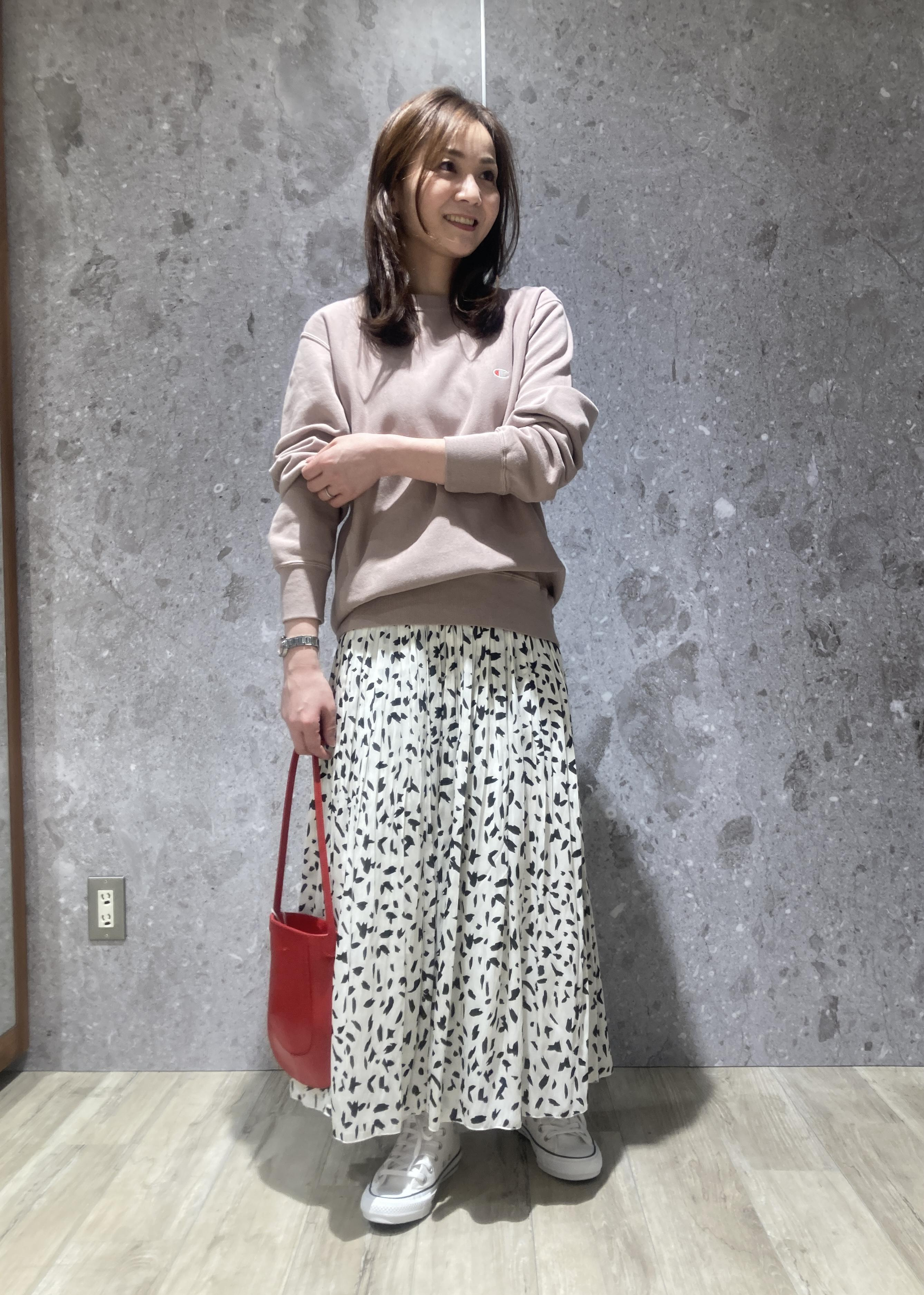 ROPE'の【Champion】REVERSE WEAVE スウェットを使ったコーディネートを紹介します。|Rakuten Fashion(楽天ファッション/旧楽天ブランドアベニュー)1097668