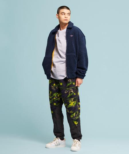 adidasのスーパースター [SUPERSTAR] アディダスオリジナルスを使ったコーディネートを紹介します。|Rakuten Fashion(楽天ファッション/旧楽天ブランドアベニュー)1091790