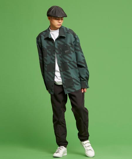 adidasのR.Y.V. シャツ [SHIRT] アディダスオリジナルスを使ったコーディネートを紹介します。|Rakuten Fashion(楽天ファッション/旧楽天ブランドアベニュー)1091809