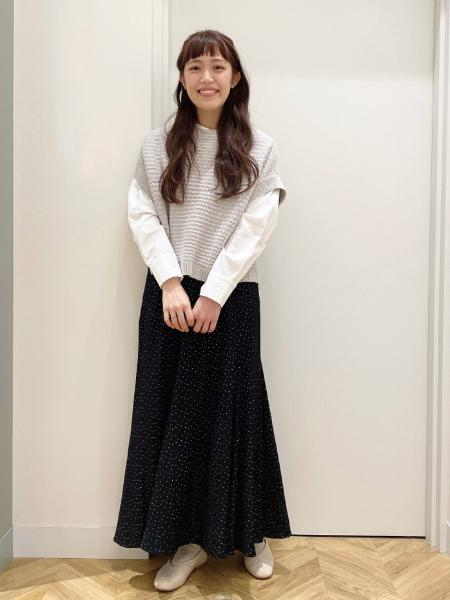 """studio CLIPの""""5つのこだわり""""Vカットパンプスを使ったコーディネートを紹介します。 Rakuten Fashion(楽天ファッション/旧楽天ブランドアベニュー)1092163"""