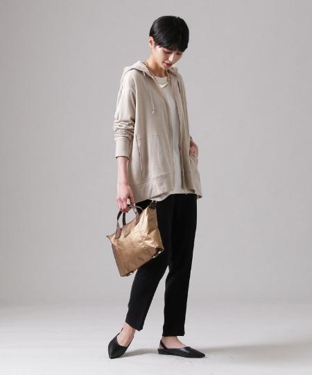 EVEX by KRIZIAの【ウォッシャブル】ガーゼ裏毛パーカーを使ったコーディネートを紹介します。|Rakuten Fashion(楽天ファッション/旧楽天ブランドアベニュー)1092420