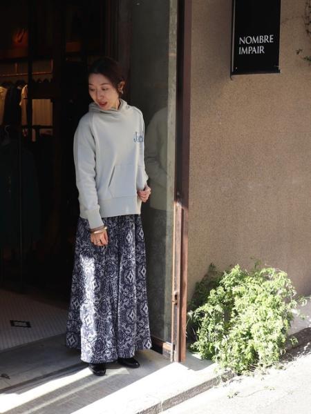 NOMBRE IMPAIRのNOMBRE IMPAIR/ミニ裏毛パーカーを使ったコーディネートを紹介します。|Rakuten Fashion(楽天ファッション/旧楽天ブランドアベニュー)1093481