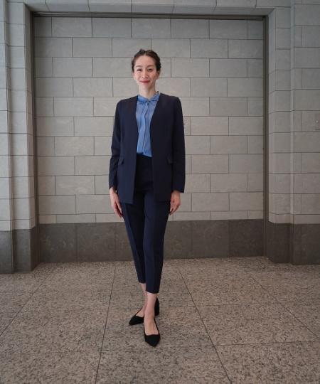 BANANA REPUBLICの(W)ロングカラーレスブレザーを使ったコーディネートを紹介します。|Rakuten Fashion(楽天ファッション/旧楽天ブランドアベニュー)1093579