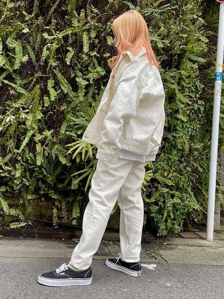 Levi'sのLR WMNS TRUCKER MORNING SHIFTを使ったコーディネートを紹介します。|Rakuten Fashion(楽天ファッション/旧楽天ブランドアベニュー)1094119