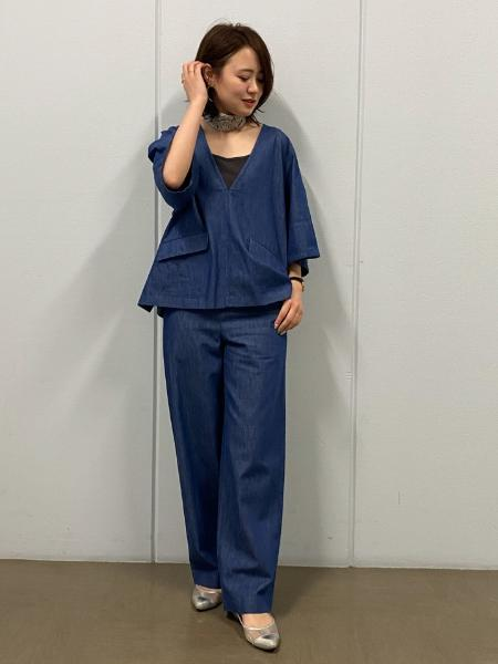HUMAN WOMANの◆反応染めデニムパンツを使ったコーディネートを紹介します。|Rakuten Fashion(楽天ファッション/旧楽天ブランドアベニュー)1095027