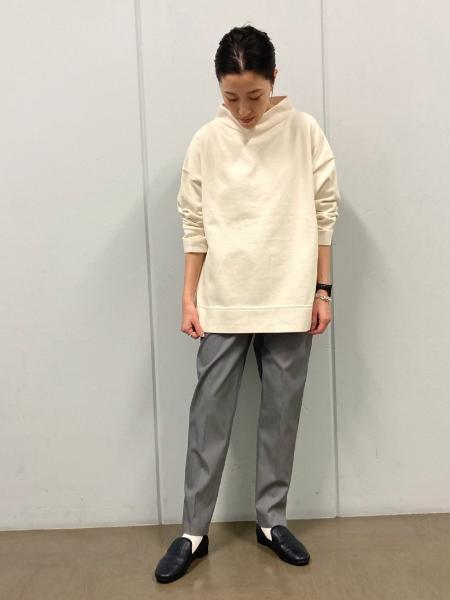 HUMAN WOMANの◆<<arrive 5e>>プレーティング天竺プルオーバーを使ったコーディネートを紹介します。|Rakuten Fashion(楽天ファッション/旧楽天ブランドアベニュー)1095029