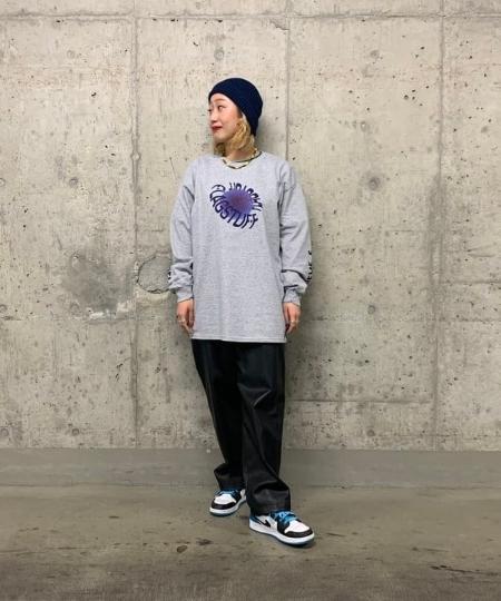 BEAMS TのF-LAGSTUF-F / DONUTS ロングスリーブ Tシャツを使ったコーディネートを紹介します。 Rakuten Fashion(楽天ファッション/旧楽天ブランドアベニュー)1099340
