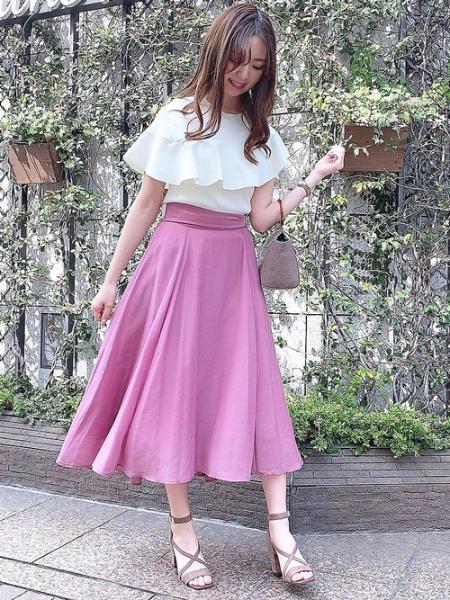 Noelaのクロスストラップパンプスを使ったコーディネートを紹介します。|Rakuten Fashion(楽天ファッション/旧楽天ブランドアベニュー)1101561