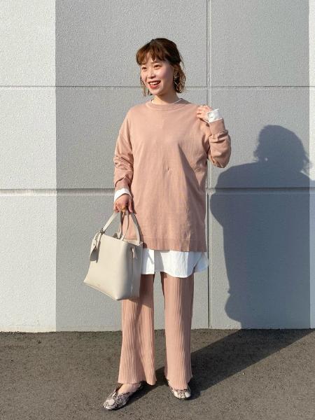 LAKOLEのキーチャーム付き3層トートバッグを使ったコーディネートを紹介します。|Rakuten Fashion(楽天ファッション/旧楽天ブランドアベニュー)1101968