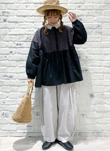 Samansa Mos2のレースパッチワーク前後着ブラウスを使ったコーディネートを紹介します。|Rakuten Fashion(楽天ファッション/旧楽天ブランドアベニュー)1102138