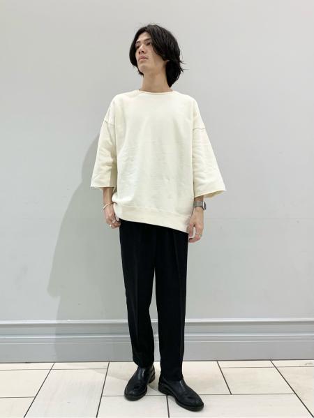 JOURNAL STANDARD relumeのドライタッチワンタックパンツを使ったコーディネートを紹介します。|Rakuten Fashion(楽天ファッション/旧楽天ブランドアベニュー)1102424
