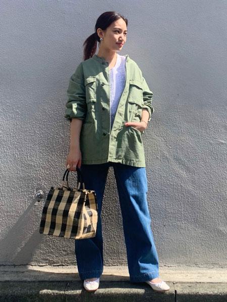 SLOBE IENAのバックサテンノーカラーミリタリーブルゾン◆を使ったコーディネートを紹介します。|Rakuten Fashion(楽天ファッション/旧楽天ブランドアベニュー)1104035