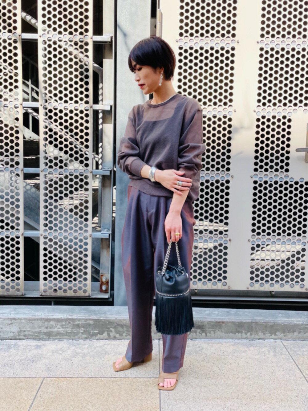 UNITED ARROWSのUWSC シアー クルーネック ニットを使ったコーディネートを紹介します。|Rakuten Fashion(楽天ファッション/旧楽天ブランドアベニュー)1106879