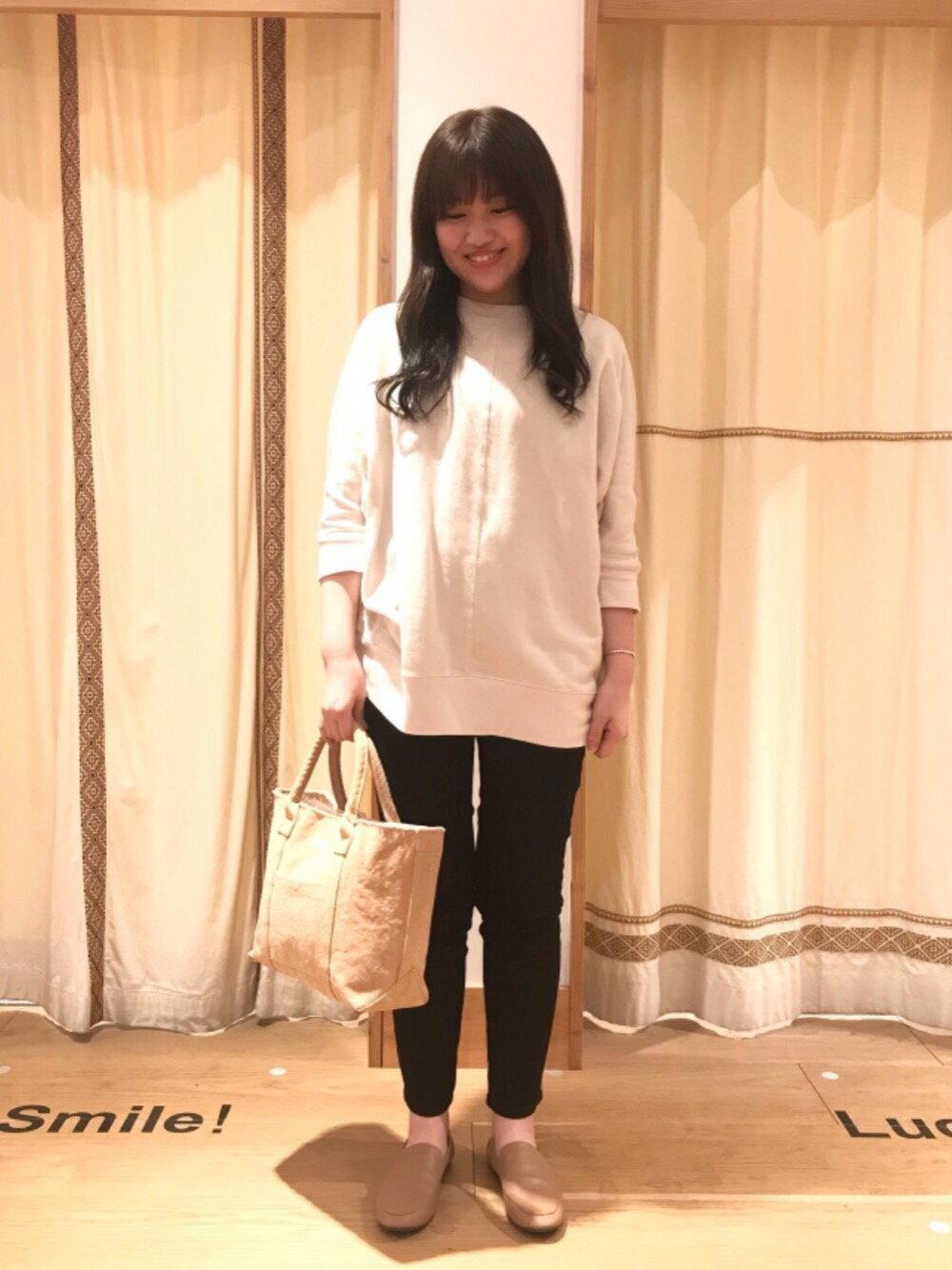 coenの【WEB限定サイズ:XL】ストレッチイージースリムパンツを使ったコーディネートを紹介します。|Rakuten Fashion(楽天ファッション/旧楽天ブランドアベニュー)1107654
