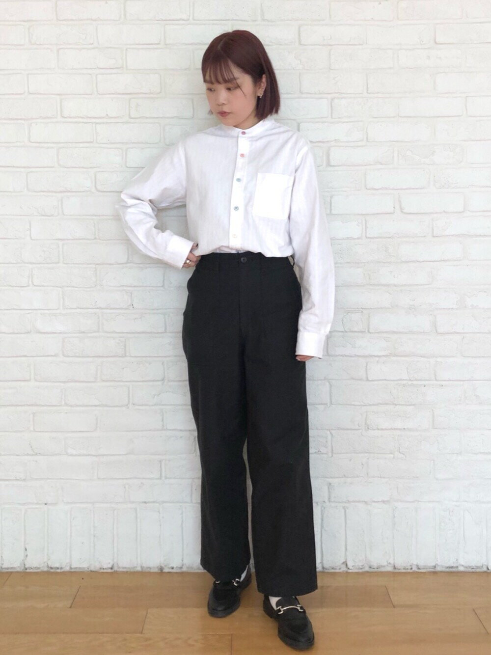 coenのドビークレイジーボタンバンドカラーシャツを使ったコーディネートを紹介します。|Rakuten Fashion(楽天ファッション/旧楽天ブランドアベニュー)1107945