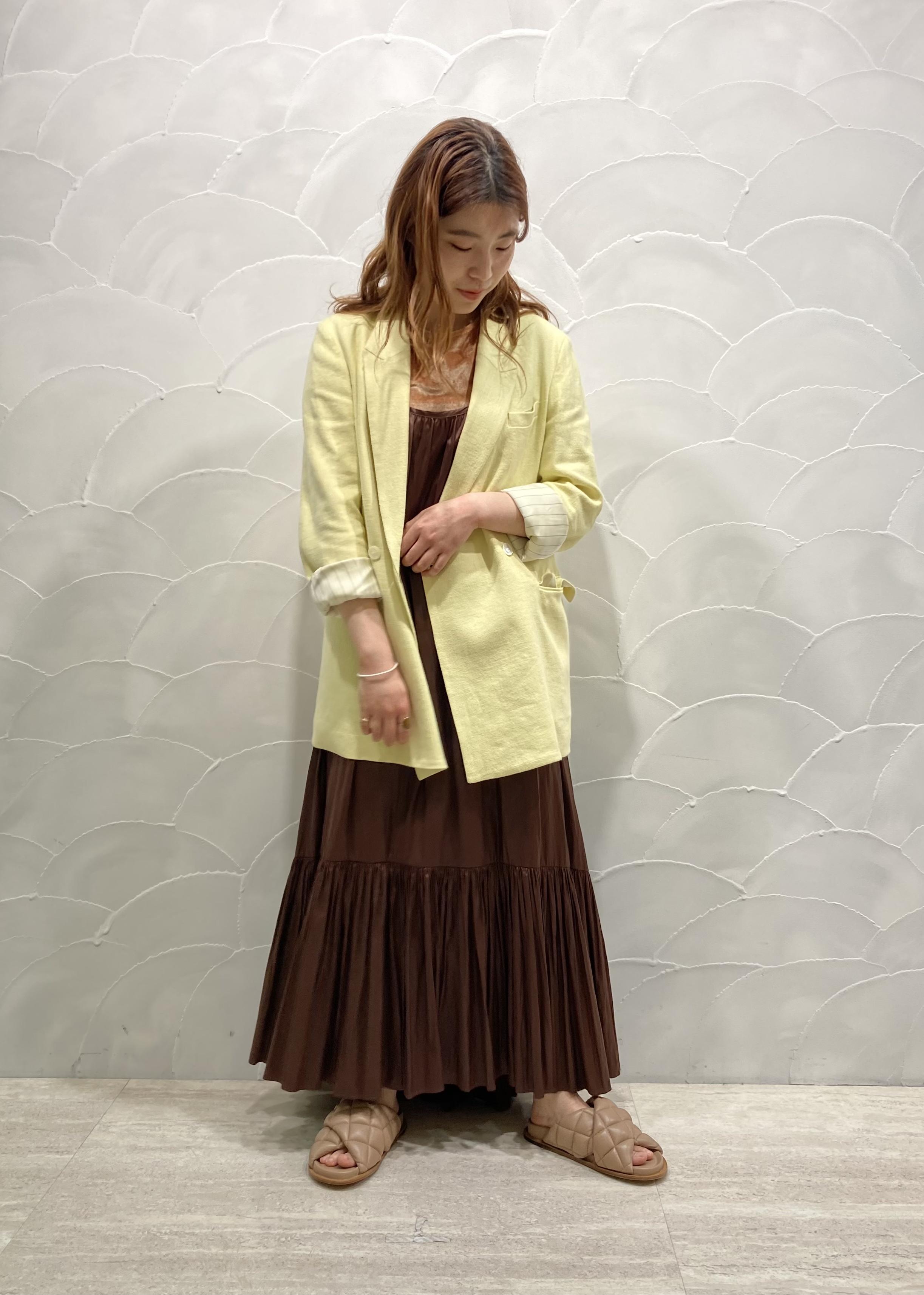 ADAM ET ROPE'の【セットアップ対応】リネンダブルジャケットを使ったコーディネートを紹介します。|Rakuten Fashion(楽天ファッション/旧楽天ブランドアベニュー)1108746