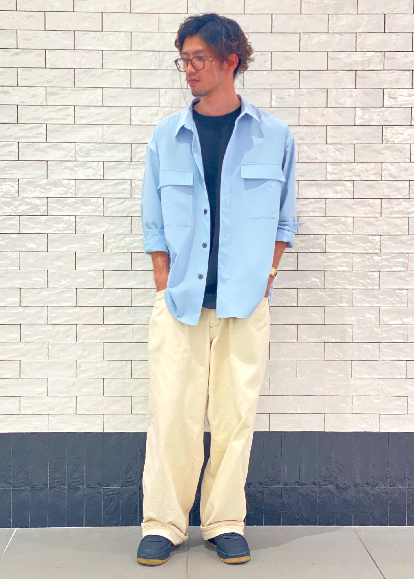 JUNRedのワンタックワイドストレートデニムを使ったコーディネートを紹介します。|Rakuten Fashion(楽天ファッション/旧楽天ブランドアベニュー)1108845