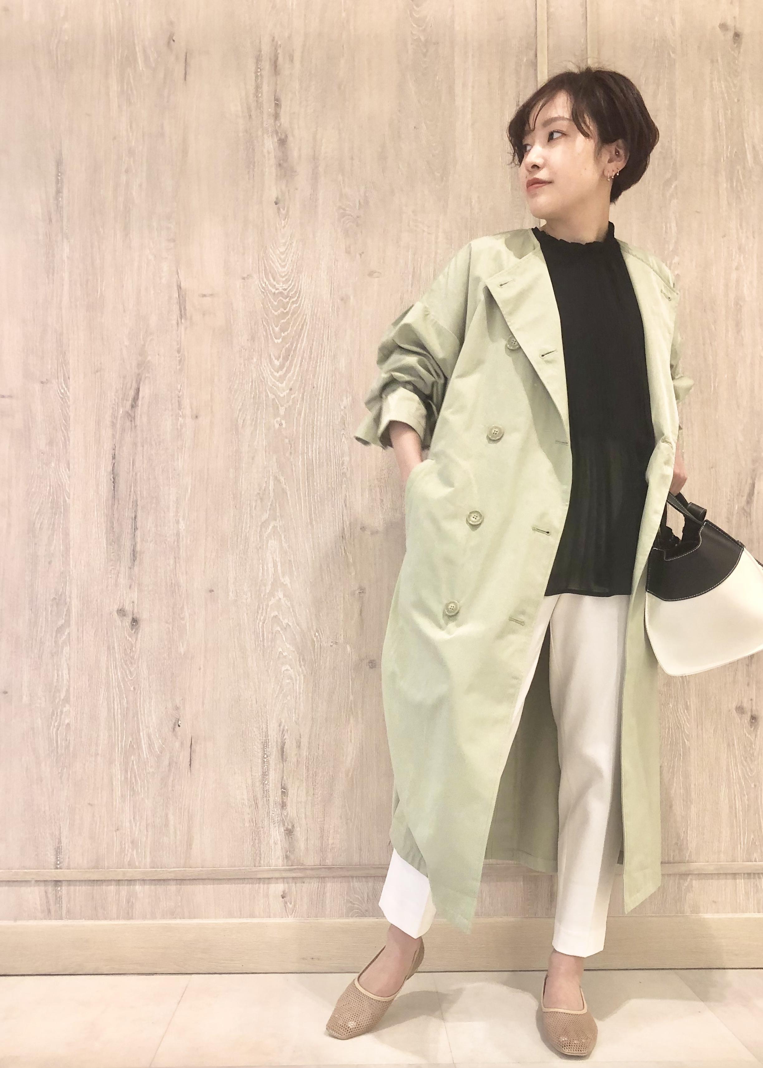 ViSのシフォンプリーツスタンドブラウスを使ったコーディネートを紹介します。|Rakuten Fashion(楽天ファッション/旧楽天ブランドアベニュー)1109004