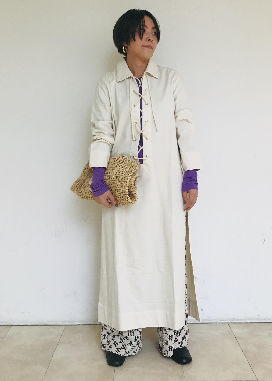 ADAM ET ROPE'の【BAUM UND PFERDGARTEN】別注モノグラムパンツを使ったコーディネートを紹介します。|Rakuten Fashion(楽天ファッション/旧楽天ブランドアベニュー)1110373