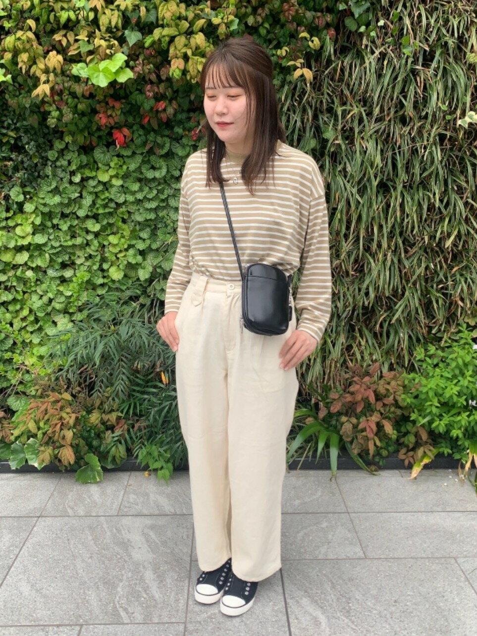 coenの【ヨクバリネン】UVカット機能付きライトミリタリーパンツを使ったコーディネートを紹介します。|Rakuten Fashion(楽天ファッション/旧楽天ブランドアベニュー)1116102
