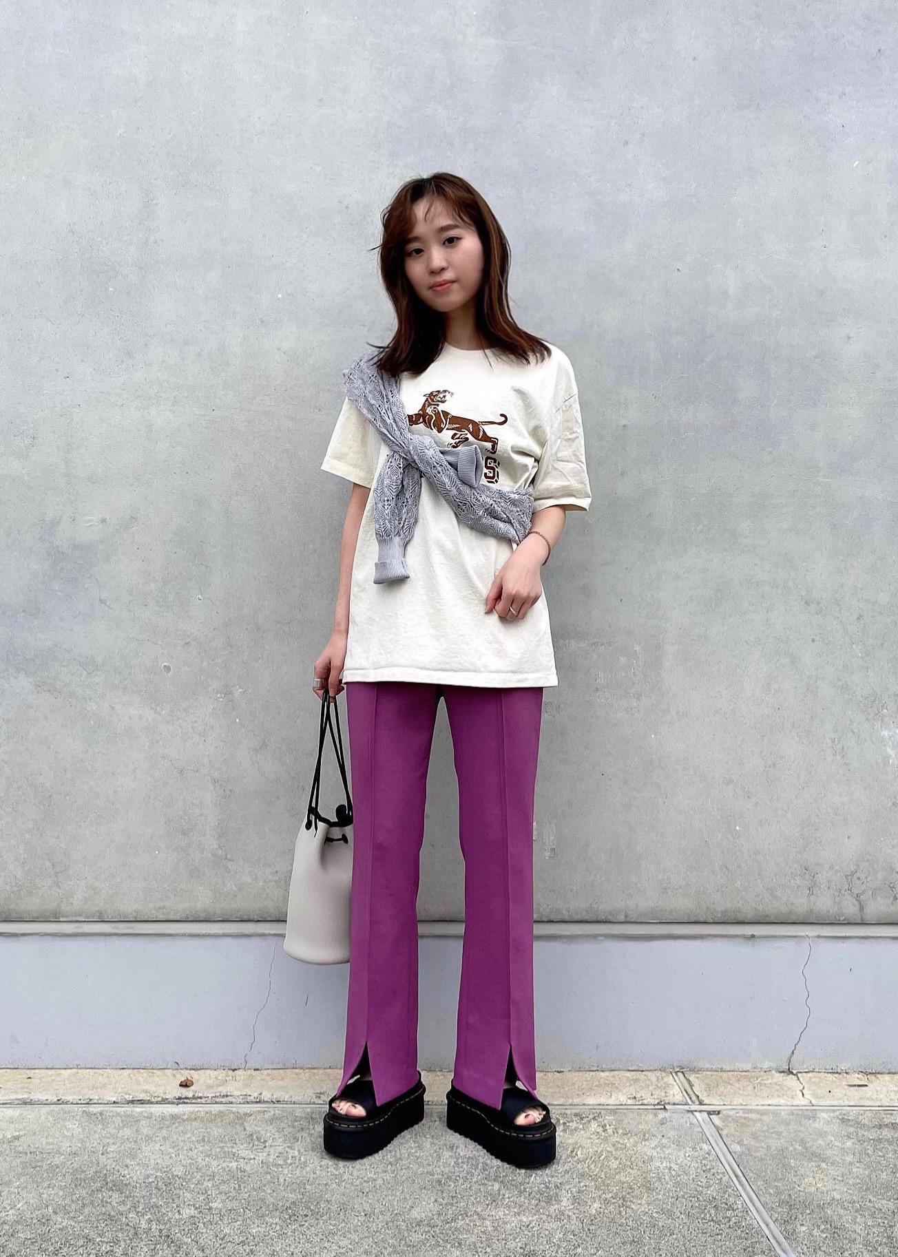 ROPE'の【MIXTA for MADEMOISELLE】ワイルドキャットTシャツを使ったコーディネートを紹介します。|Rakuten Fashion(楽天ファッション/旧楽天ブランドアベニュー)1116561