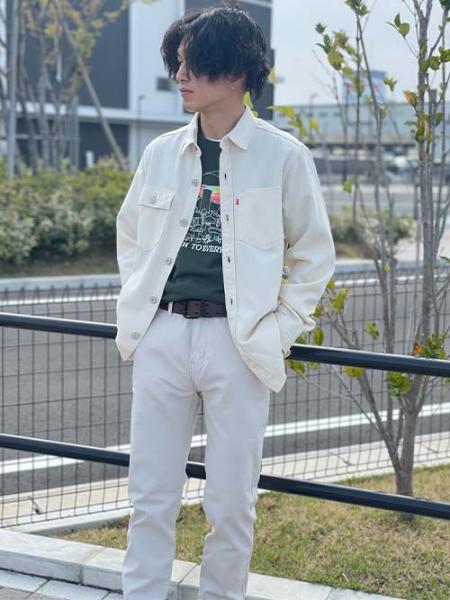 Levi'sのXX CHINO SLIM II PUMICE STONE STR TWILLを使ったコーディネートを紹介します。 Rakuten Fashion(楽天ファッション/旧楽天ブランドアベニュー)1105606